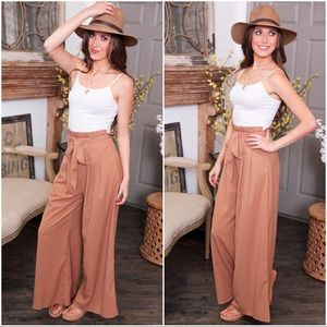 ✨RESTOCKED✨Camel wide leg pants with belt